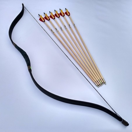 Megyer premium wooden arrows with screwed points.